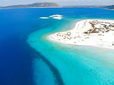 Çeşme Alaçatı Ilıca Salda Gölü Pamukkale Turu